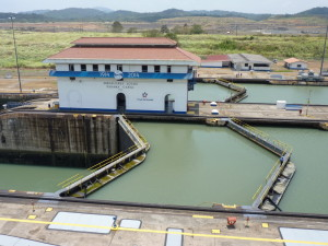 2014 Miraflores Locks 02